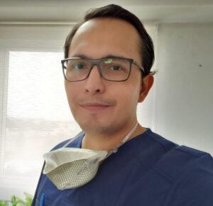 Dr. Víctor Calao